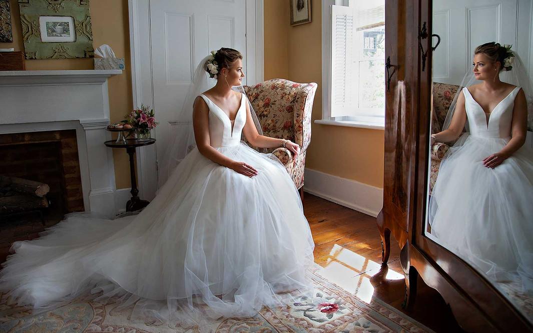 bride-watching-guests-arrive.jpg