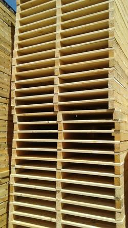 поддон деревянного контейнера