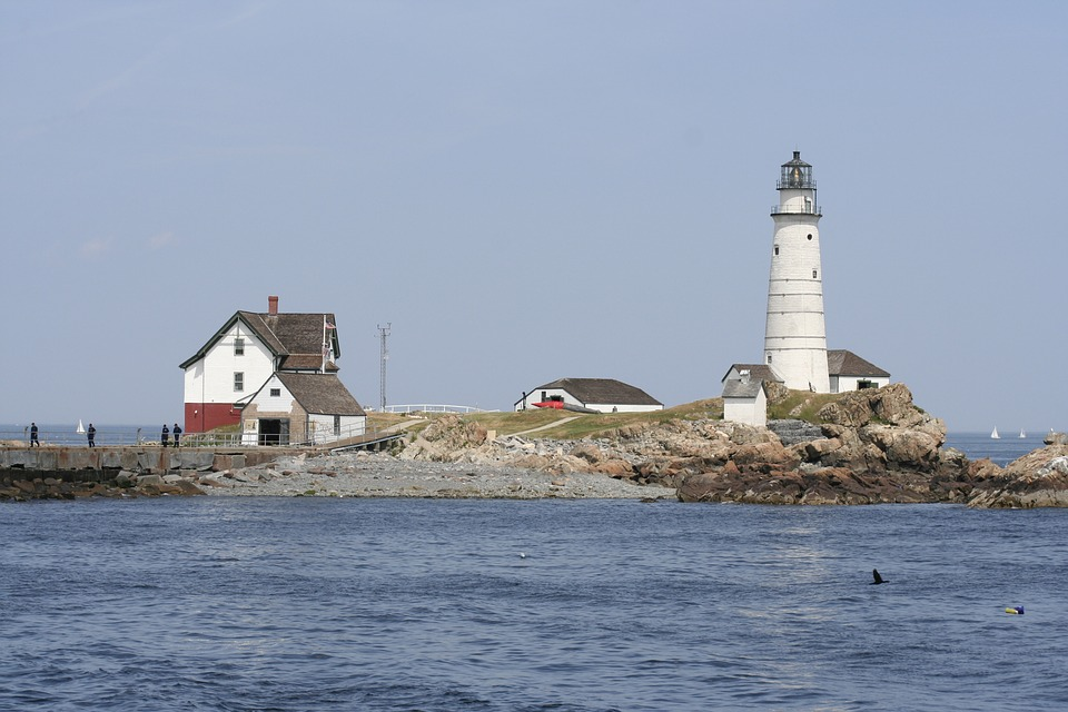 lighthouse-2165383_960_720