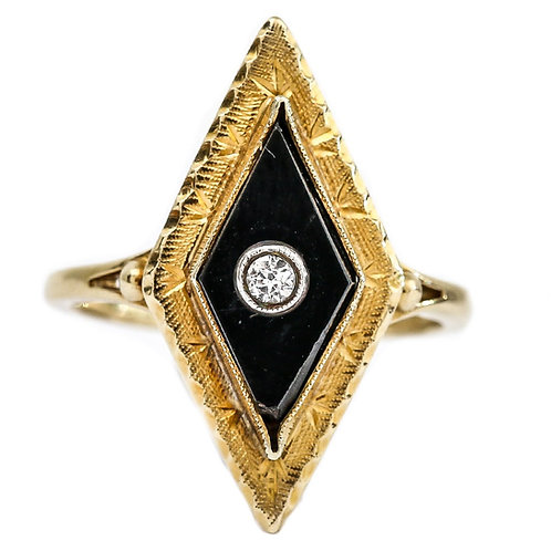 Unusual Victorian 18 Karat Yellow Gold Onyx and Diamond Navette Ring, circa 1880