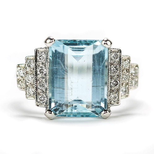 18ct White Gold Art Deco Est. 5.00 Carat Aquamarine & Diamond Cocktail Ring