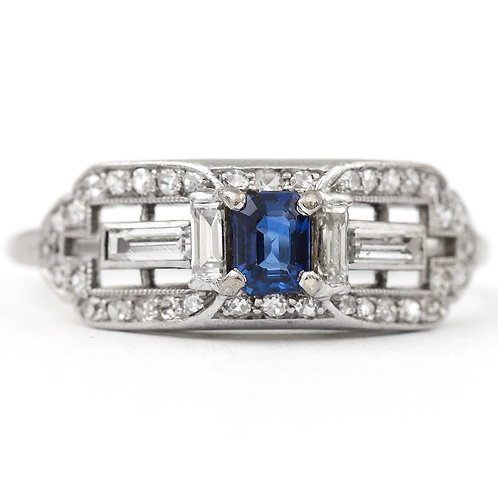 Sapphire and Diamond 18 Karat Gold Midcentury Cocktail Dress Ring, circa 1950s