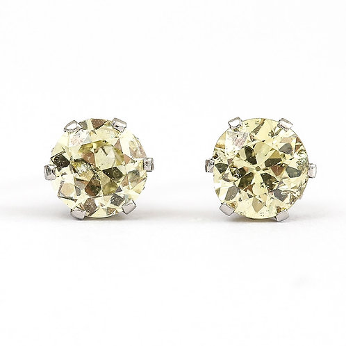 18ct White Gold Vintage Diamond Stud Earrings Est. 1.12 Carats, circa 1970s