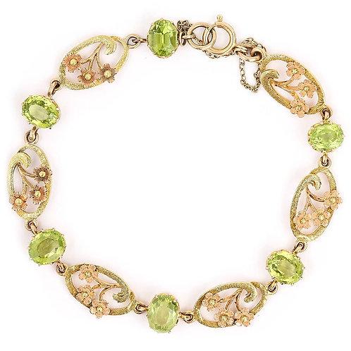 Victorian Peridot and 18 Karat Green, Yellow and Rose Gold Art Nouveau Bracelet