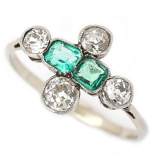 Art Deco Platinum Diamond and Emerald 6-Stone Antique Engagement Ring circa 1920