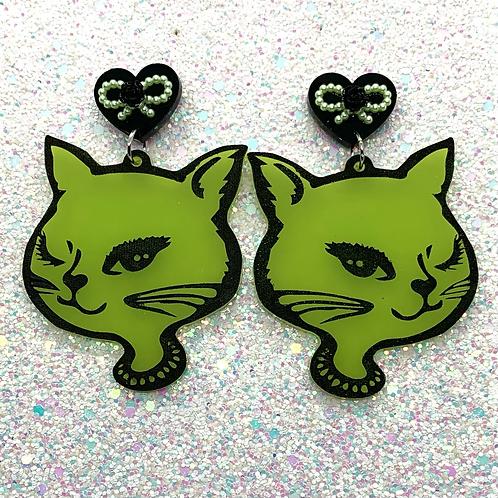 Grungey Green Kitty Girls