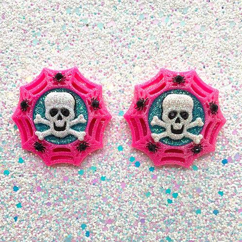 Skulls Web Cameos