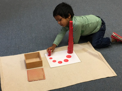 Montessori in a Minute: Knobless Cylinders