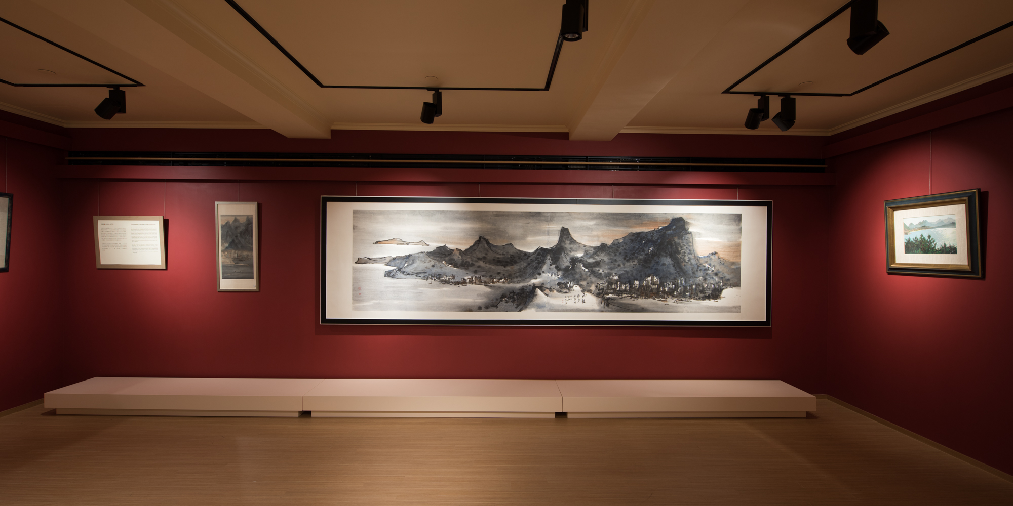 Sun_Museum_interior2.jpg