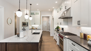 How to Choose the Right Lighting Inside Your Home