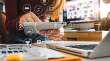 Οι εικονικές  διαδικτυακές «αίθουσες» διδασκαλίας επαναπροσδιορίζουν την οπτική μας για την εκπαίδευ