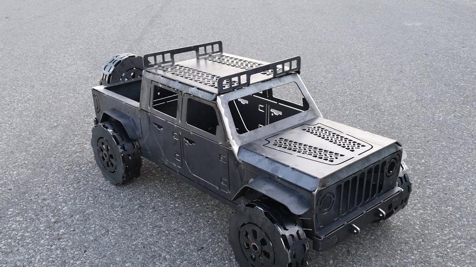 4-Door Jeep Gladiator Fire Pit