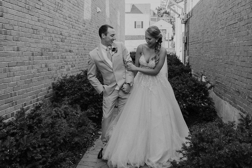 St. Louis Spring Wedding Tori and Richie