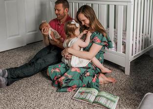 St. Louis Newborn Photography v2-7.jpg