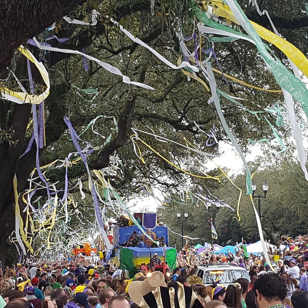 Mardi Gras krewe parades down avenue