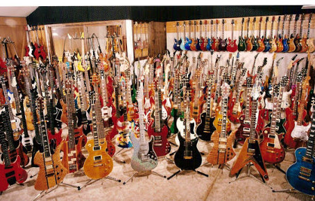 How Do I know its time to Invest in New Gear?! Guitarists and Gear Acquisition Syndrome