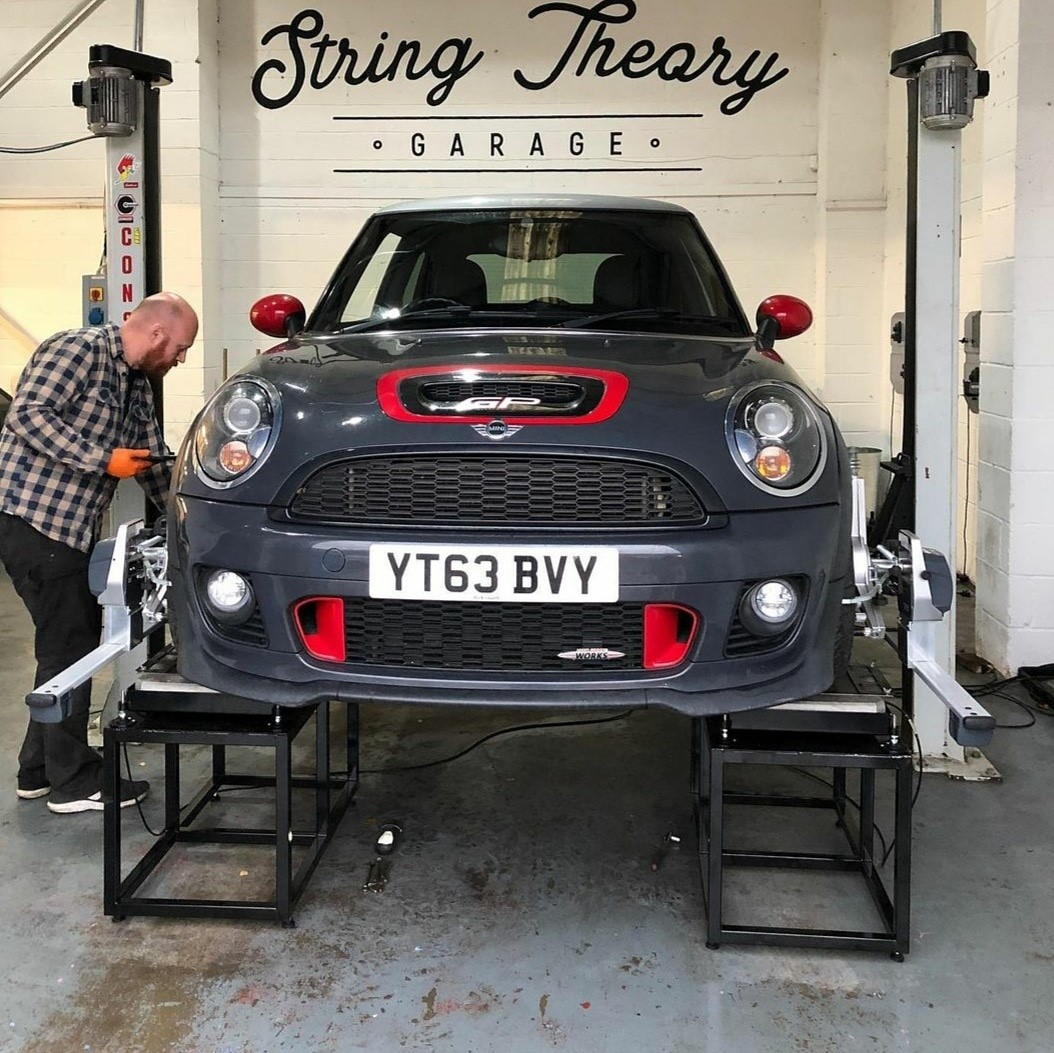 Mini wheel alignment