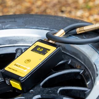 BTCC tyre pressure gauge