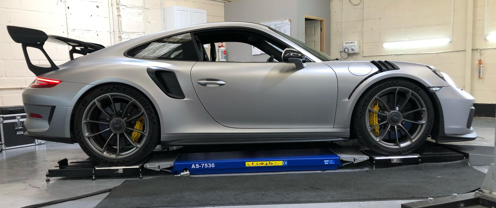 Porsche corner weight set up