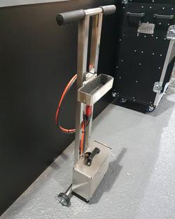 Jump battery trolley