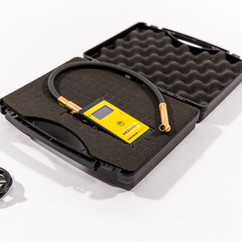 F1 tyre pressure gauge