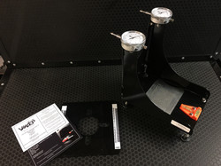 Analogue dial bump steer gauge
