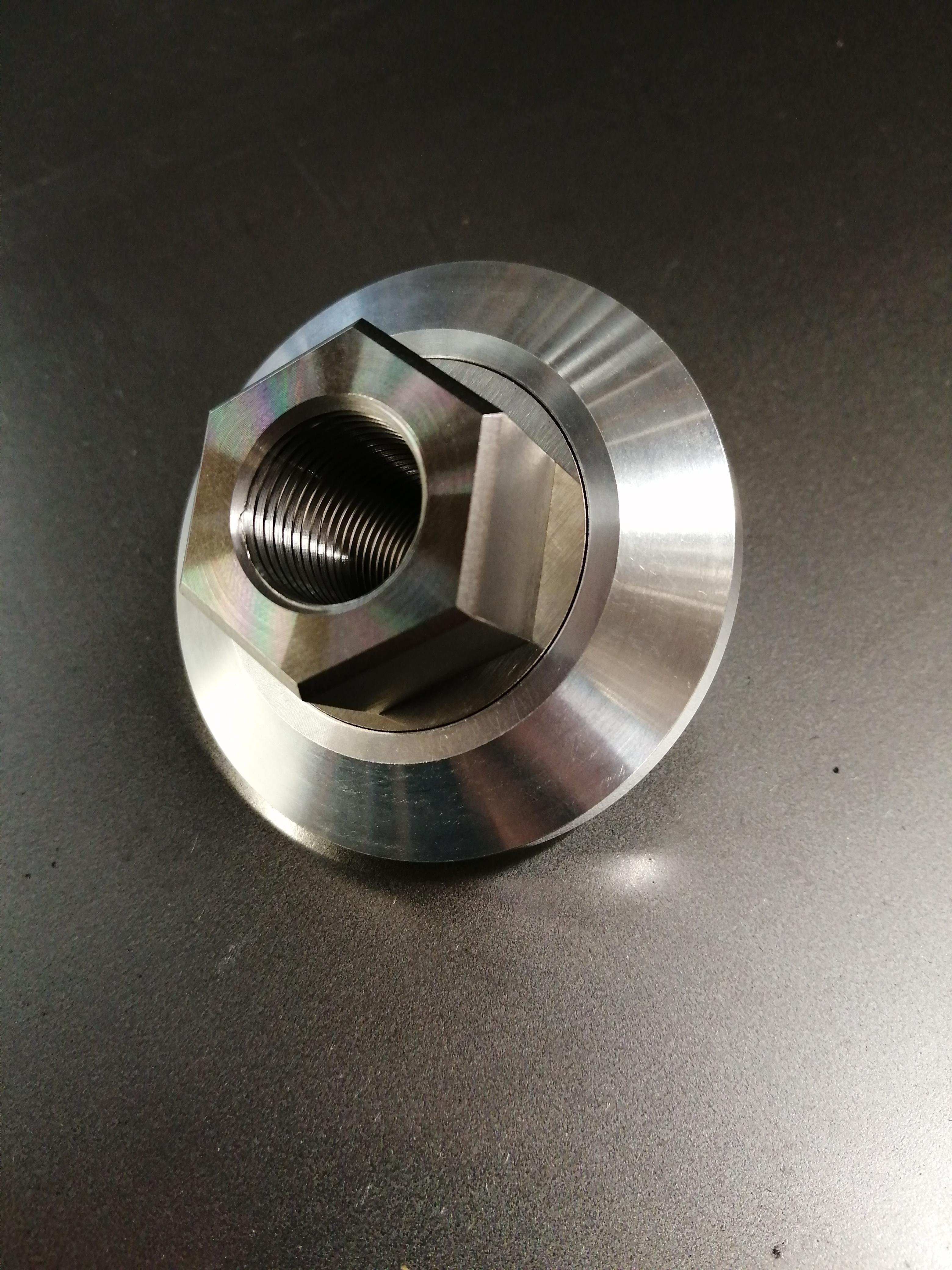 F3 centre lock wheel nut