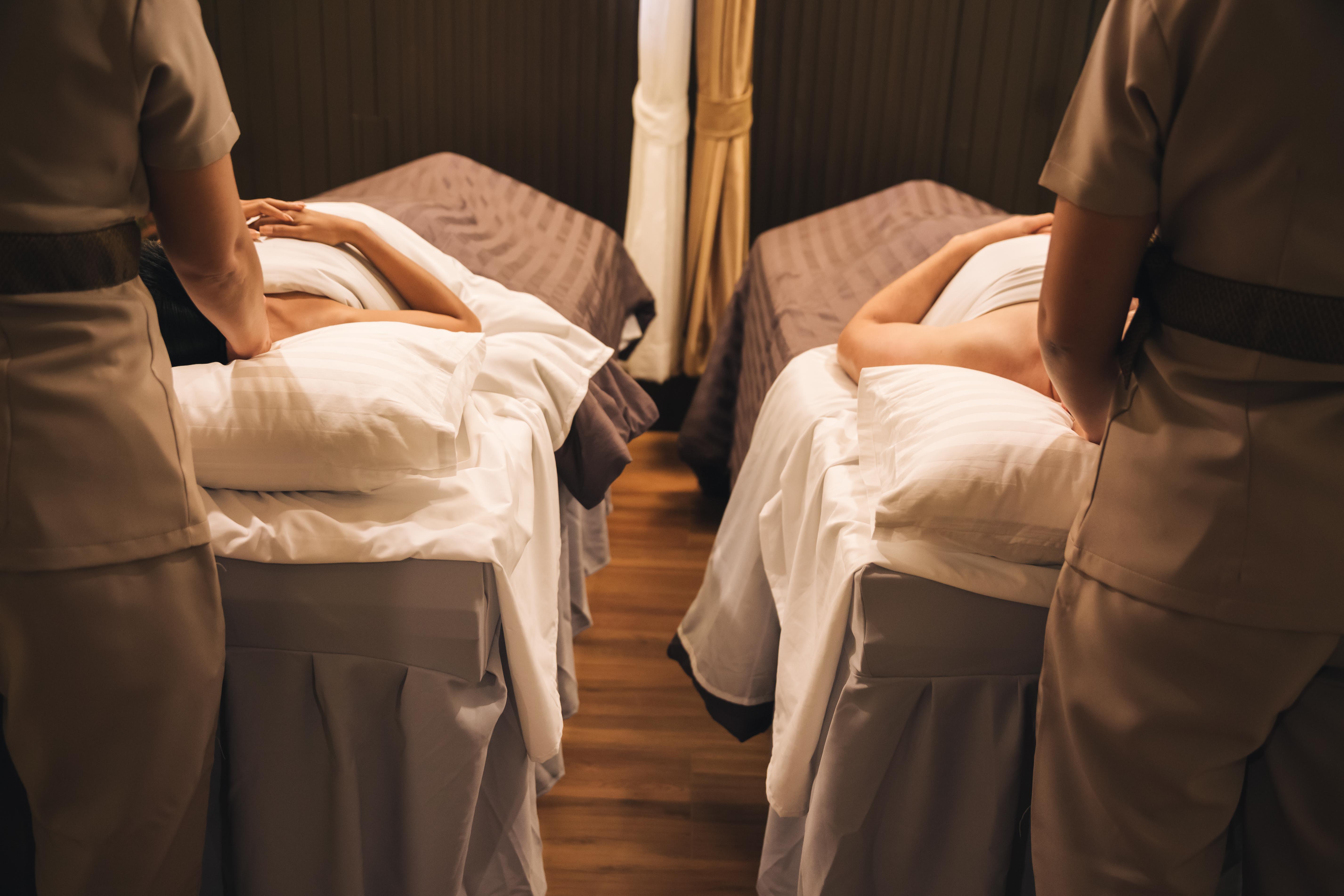 Couple's massage 60min /90min/120min