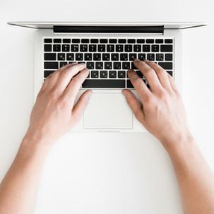 מה זו הזנת תוכן ומה הקשר לקלדנות
