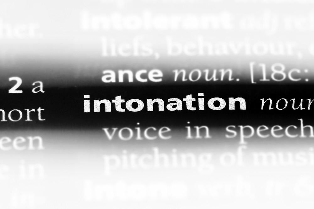 אינטונציה של השיחה