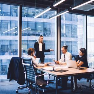 תמלול משפטי לחברות ועסקים – הסכמים, דירקטורים וסתם ישיבות צוות