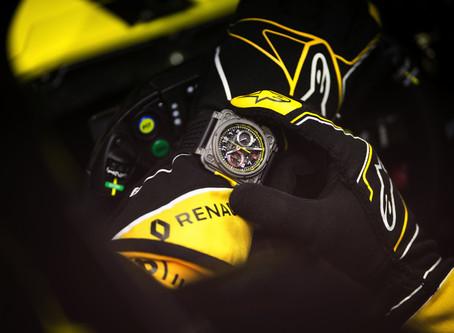 2018四大系列之作震撼登台,Bell & Ross法國柏萊士推出BR R.S 18限量計時錶,馳騁賽道,扣人心弦。
