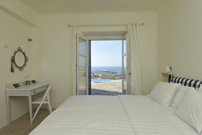 Villa in Paros-12