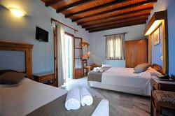 Hotel in Paros-13