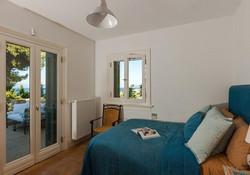 Lux Villa in Aulis-16