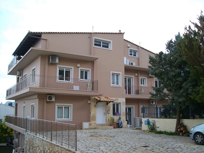 ApartBuilding Porto Rafti-1