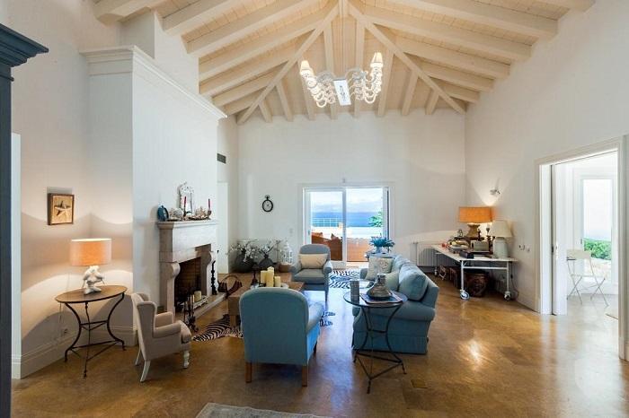 Lux Villa in Aulis-11