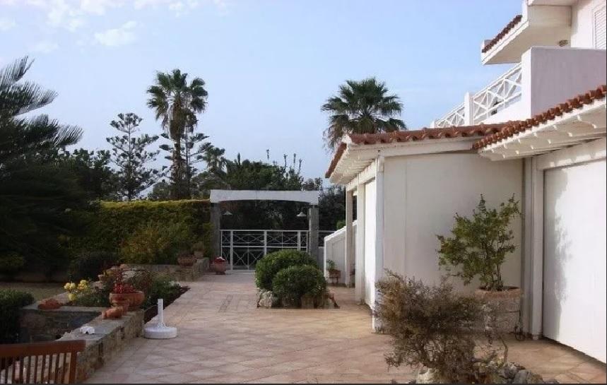 Detached House Saronida-2