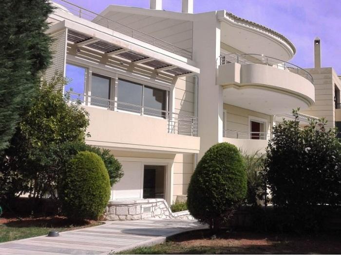 Villa in Vouliagmeni-1