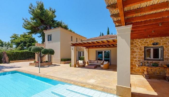 Lux Villa in Aulis-3