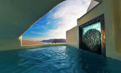 Deluxe Suite with outdoor plunge pool &