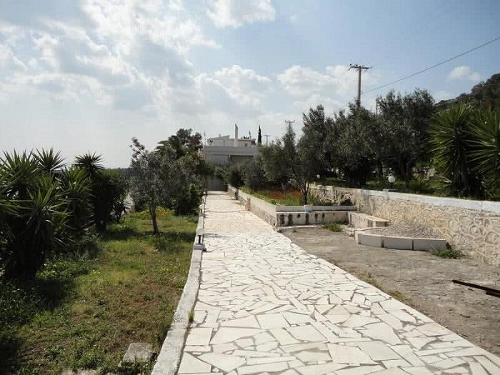 Villa in Kineta - 4