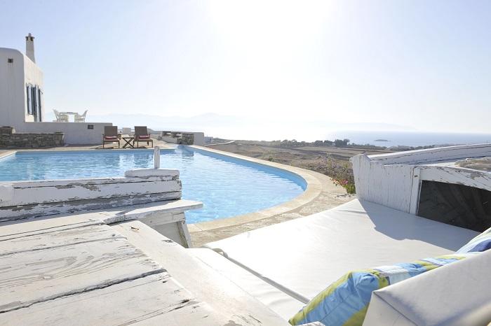 Villa in Paros-1