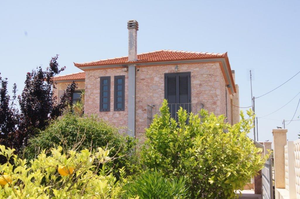 Villa in Anavysos-1
