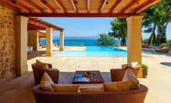 Lux Villa in Aulis-6