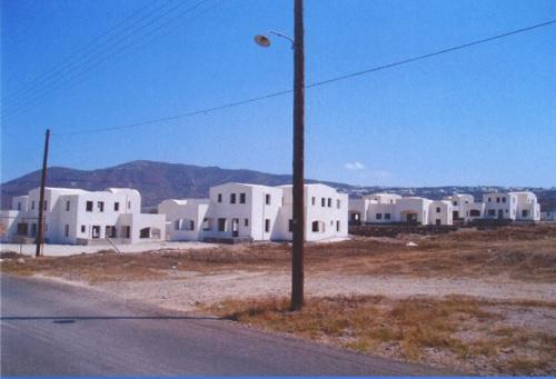 Santorini Housing Estate - 9