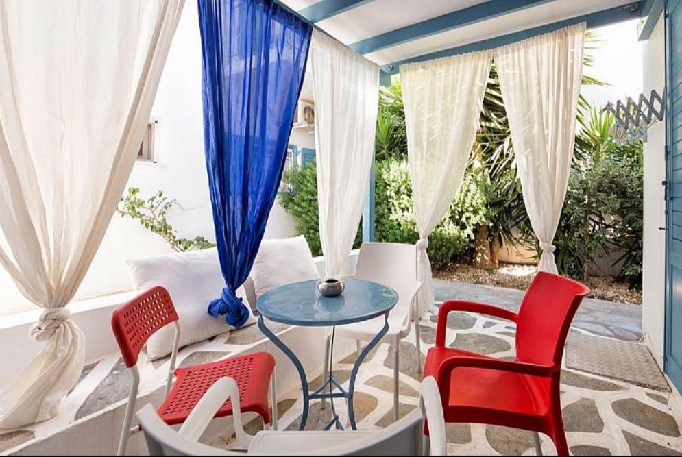 Hotel in Paros-1