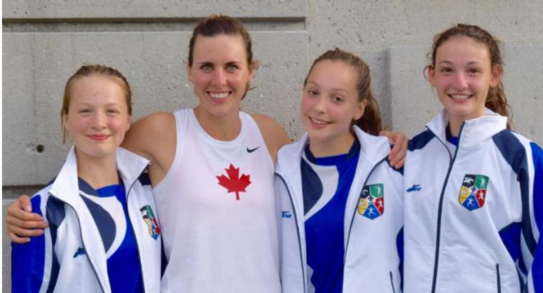 3 filles avec Melanie McCann.PNG