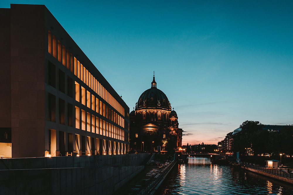 """Getting your Ameldung in Berlin   """"Moving to Berlin Guide""""   Co-Tasker"""