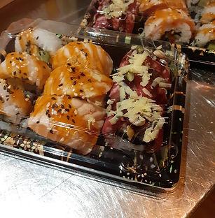 sushi%20box_edited.jpg